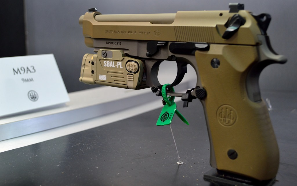 BERETTA M9A3 AT SHOT SHOW 2015 | FOG HORN